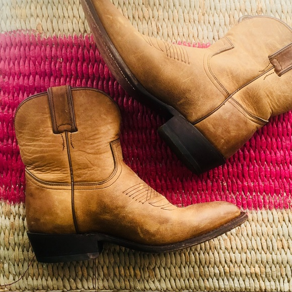 805f0c1569b Women's 8 Frye/Billy Short Cowboy Boots